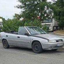 Une xantia transformée en cabriolet...