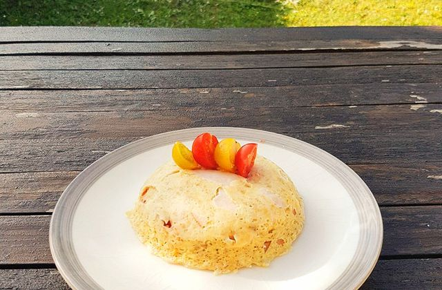 Bowl Cake salé : poulet, tomates, fromage