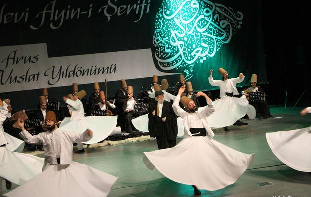 740ème anniversaire de la mort de Mevlâna à Istanbul