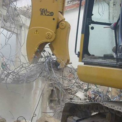 A Guide to Selecting the Best Demolition Equipment Hire Company