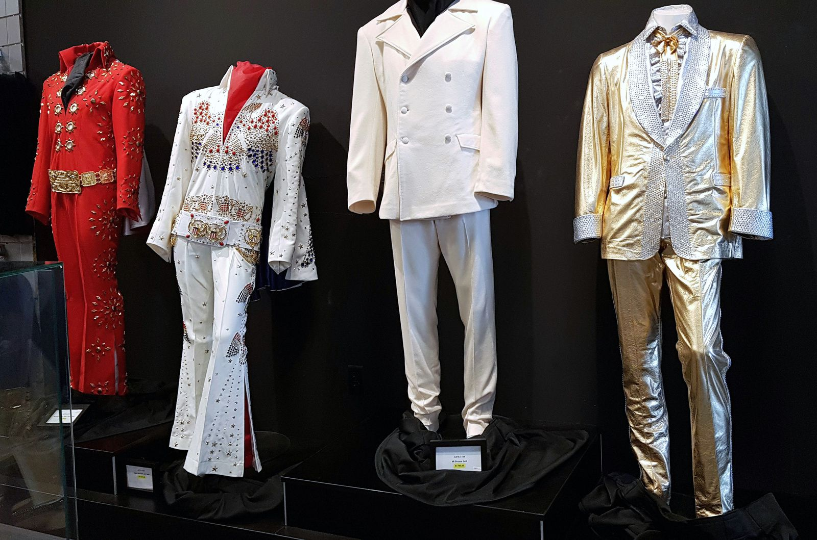Graceland expos costumes