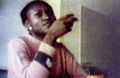 """Procès Semira Adamu : """"Tu pars ou tu meurs"""" (23/09/2003)"""