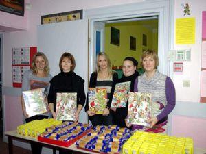 Goûters et calendriers de l'Avent de l'APE à l'école de la mairie à Algrange en 2011ass