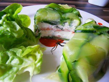 Terrine de courgette au chèvre frais et au saumon fumé