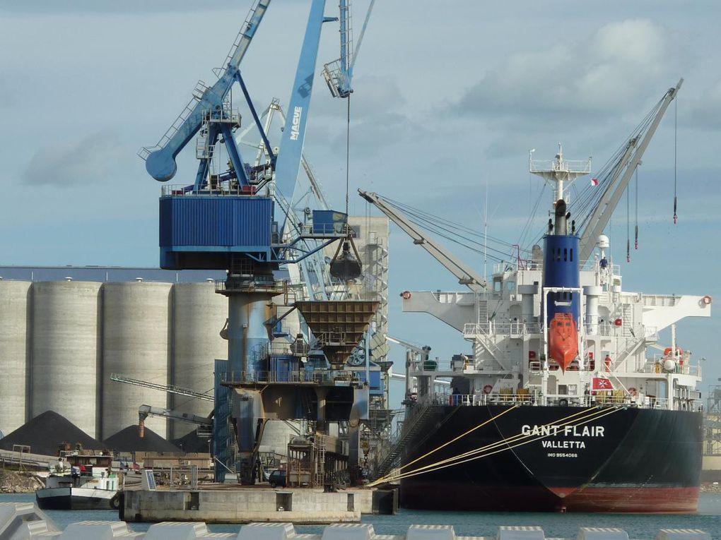 Images d'illustration - Port de commerce de Sète