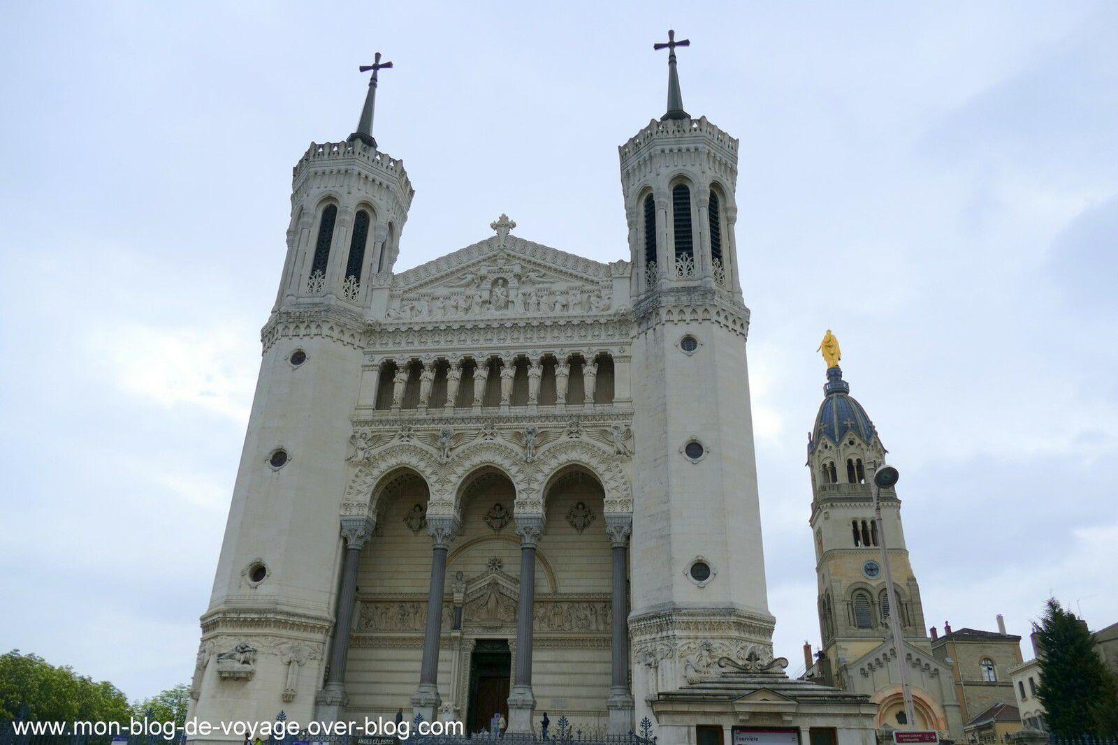 La façade de la basilique (images personnelles, avril 2017)