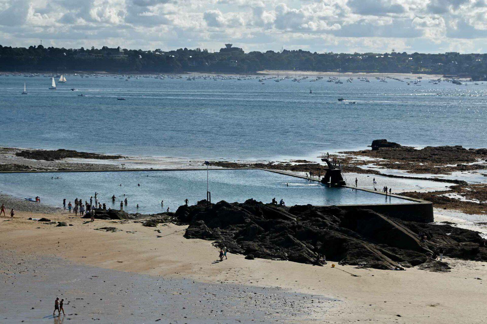 Saint-Malo : les plages du Sillon et les remparts