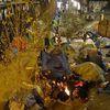Paris au 21ème siècle, c'est pas croyable ! Que vont-ils devenir avec ce froid sibérien ?