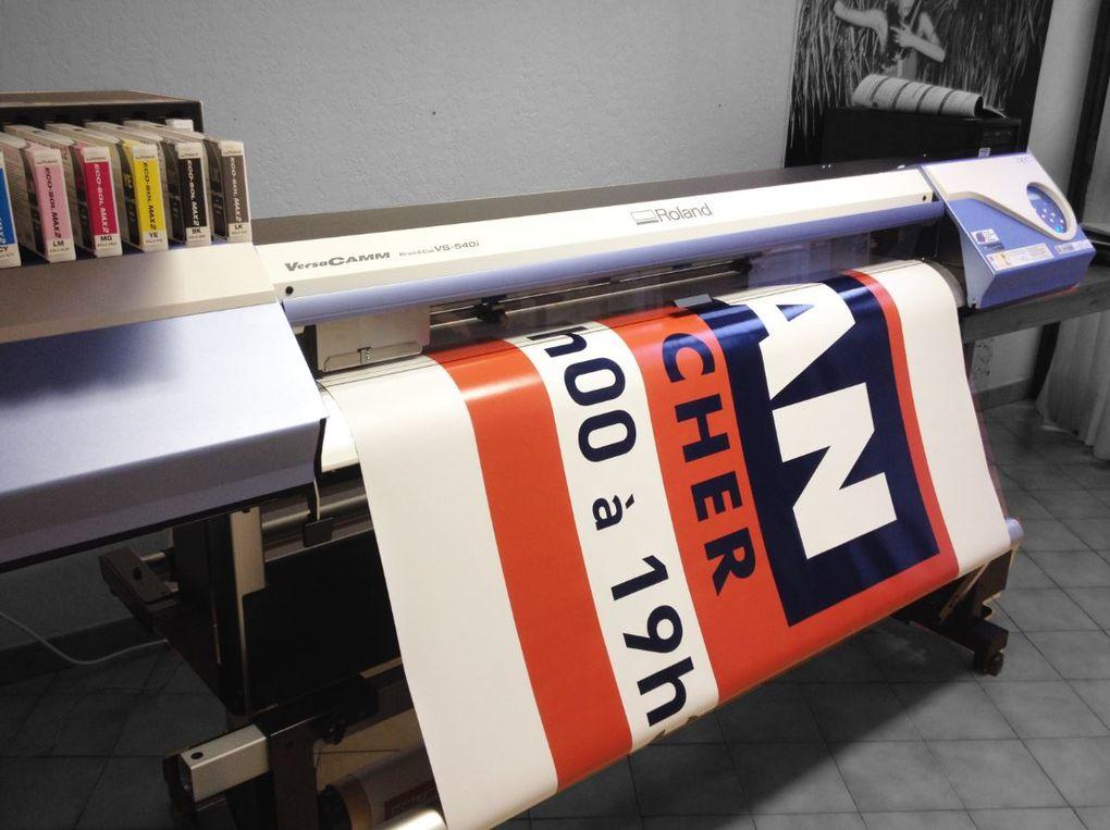 Imprimeur numérique. impression numerique grand format  tous supports, bache, adhésif, matériaux rigides ...