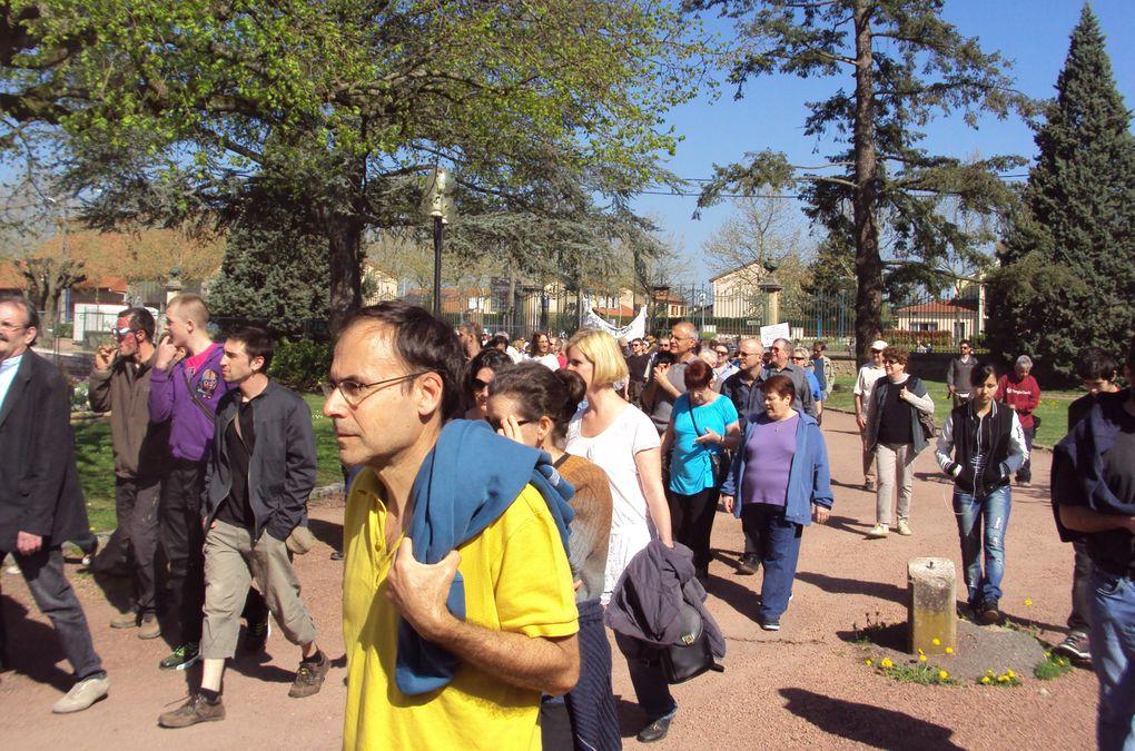 De nombreux citoyens rassemblés contre le projet Bouygues nucléaire à Mably