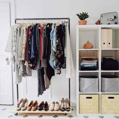 Do you know The Advantages of Using Clothing Racks
