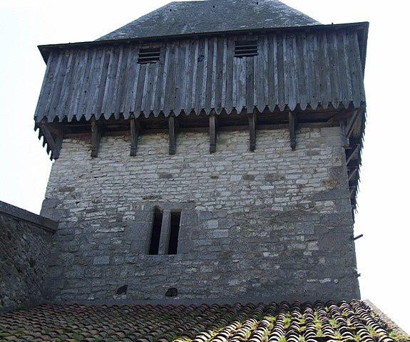 Diaporama église fortifiée de Woël