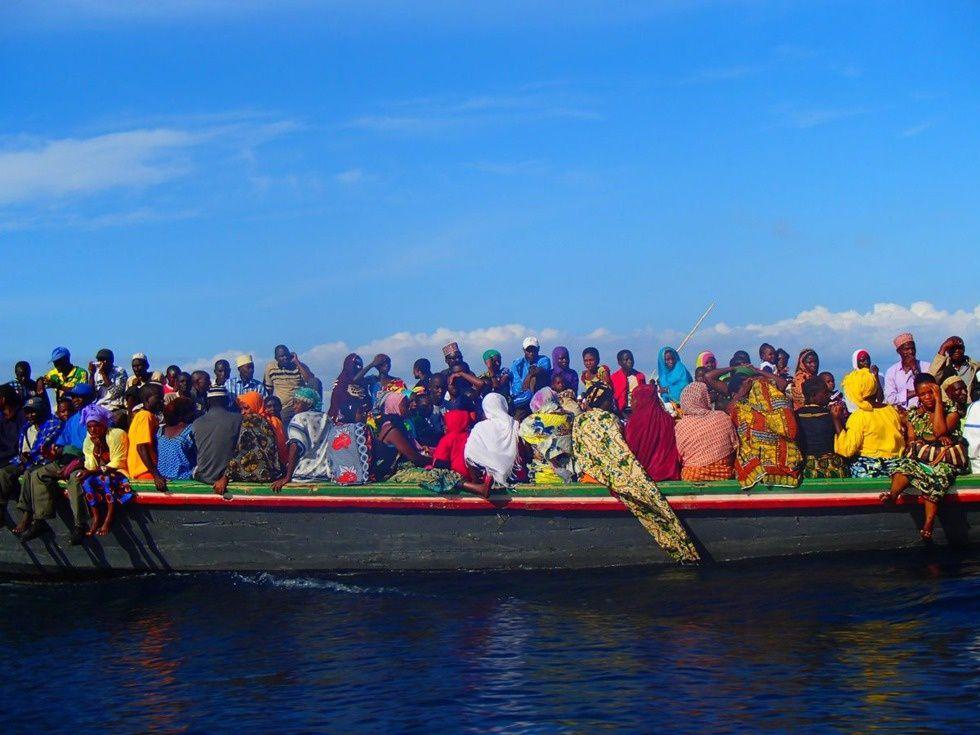Imágenes del Tanganika, el segundo lago más grande y más profundo del mundo.- El Muni.