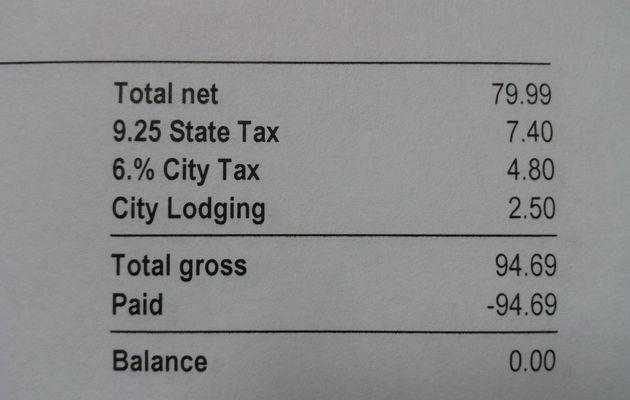 Taxes et pourboires