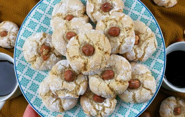 Amaretti aux noisettes (macarons italiens)
