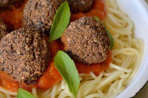 Boulettes végétales aux haricots noirs {no-meat balls}