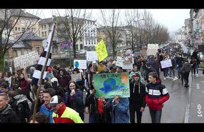 Les lycéens dans la rue pour la planète