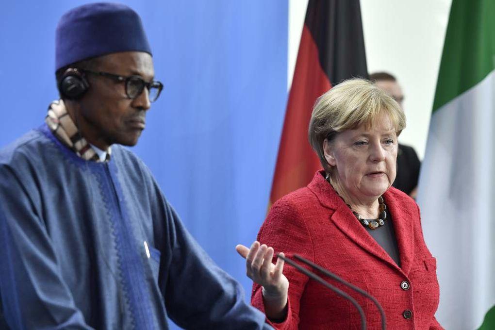 Imágenes de Aisha Buhari y su marido, el presidente de Nigeria, Muhammadu Buhari.- El Muni.