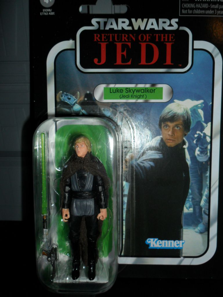 Collection n°182: janosolo kenner hasbro - Page 17 Image%2F1409024%2F20201123%2Fob_18b3a7_vc175-luc-jedi-knight