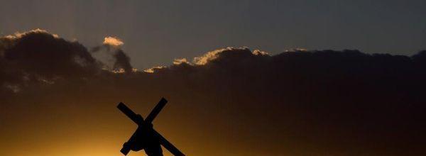 DISCIPLES DE JESUS OU SUIVRE JESUS ?
