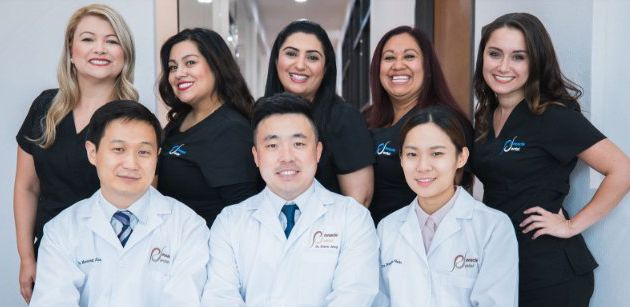 Essential factors to consider while choosing a family dentist
