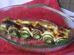 roulés de courgette au jambon cru, crème au parmesan