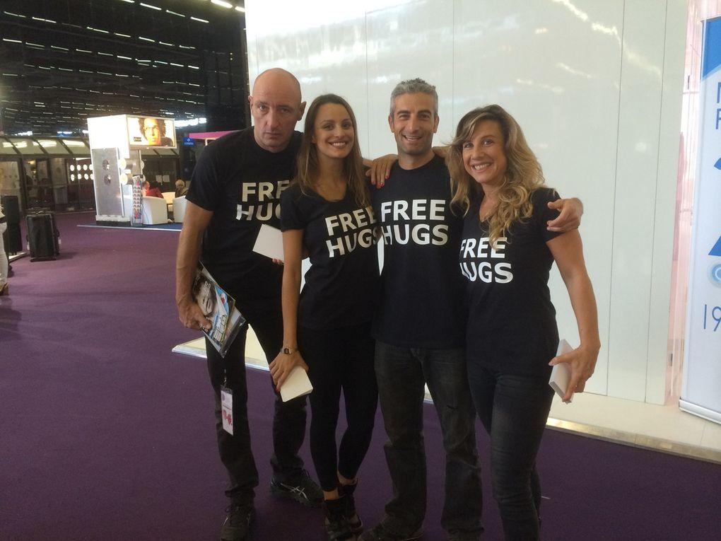 Free Hugs pour Essilor au Silmo
