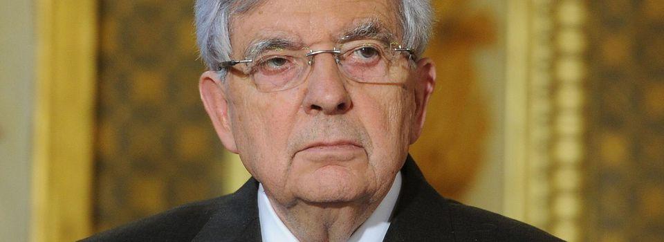 """Quand J-P Chevènement évoque une """"décapitation"""" de """"professeur"""" la veille de l'attentat à Conflans"""