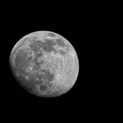 J'ai la tête dans la lune...🌕