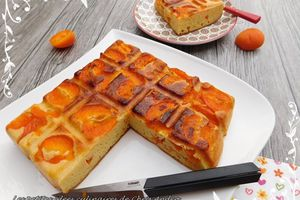 Gâteau de semoule aux abricots