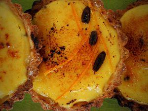 Tartelettes aux Éclats de Vanille Bleue et Rhum Orangé-Gingembre