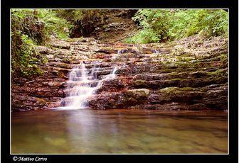 Cascata del Buco del Piombo ( località Albavilla- Como). Quando l'acqua è protagonista.