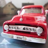 53 FORD PICKUP MAISTO 1/32 SERIE POWER RACER PICK-UP FORD 1953 - car-collector.net