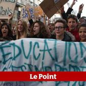 Des lycées bloqués à Paris contre les expulsions d'élèves étrangers