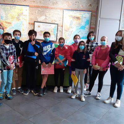 """CLASSE DE 5ena OPCIO CATALA Exposicio de mapes del """" Pais català"""""""
