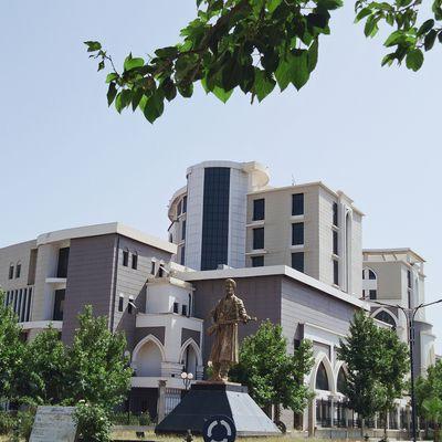 Une vue de Bouira . منظر من البويرة