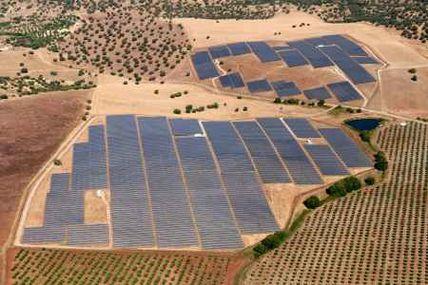"""Quand même la production d'énergie """"renouvelable"""" devient contestable, un problème d'échelle qui en dénature la valeur."""