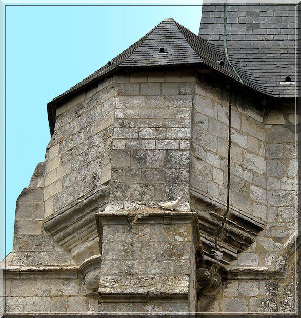 Diaporama église fortifiée d'Avesnes le Comte