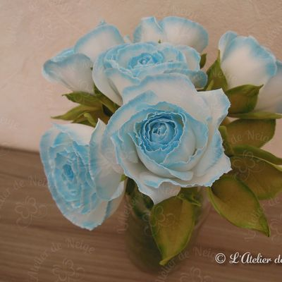 Alice : 11 avril 2021 (Roses Bleues en Foamiran Communion)
