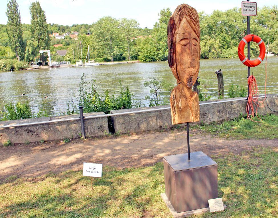 """Veitshöchheimer Flaniermeile am Mainufer wurde zur grandiosen Openair-Bühne Gelungene Symbiose zwischen Kunst, Natur und Unterhaltung bei der """"Promenadenmischung """"Weit über 10.000 Leute mögen es wohl gewesen sein, die heute zwischen elf und 1"""