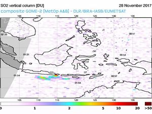 Agung flow of SO2 - 2017.11.28 - Doc. GOME-2 Eumetsat / sacs.aeronomie.be & Volcanic ash adisory of VAAC Darwin - a click to enlarge