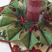 Fold 'n Stitch Wreath for Your Door or Table - Quilting Digest