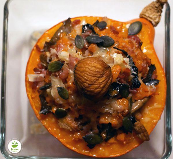 Potimarron farci aux champignons des bois, aux carottes et aux châtaignes