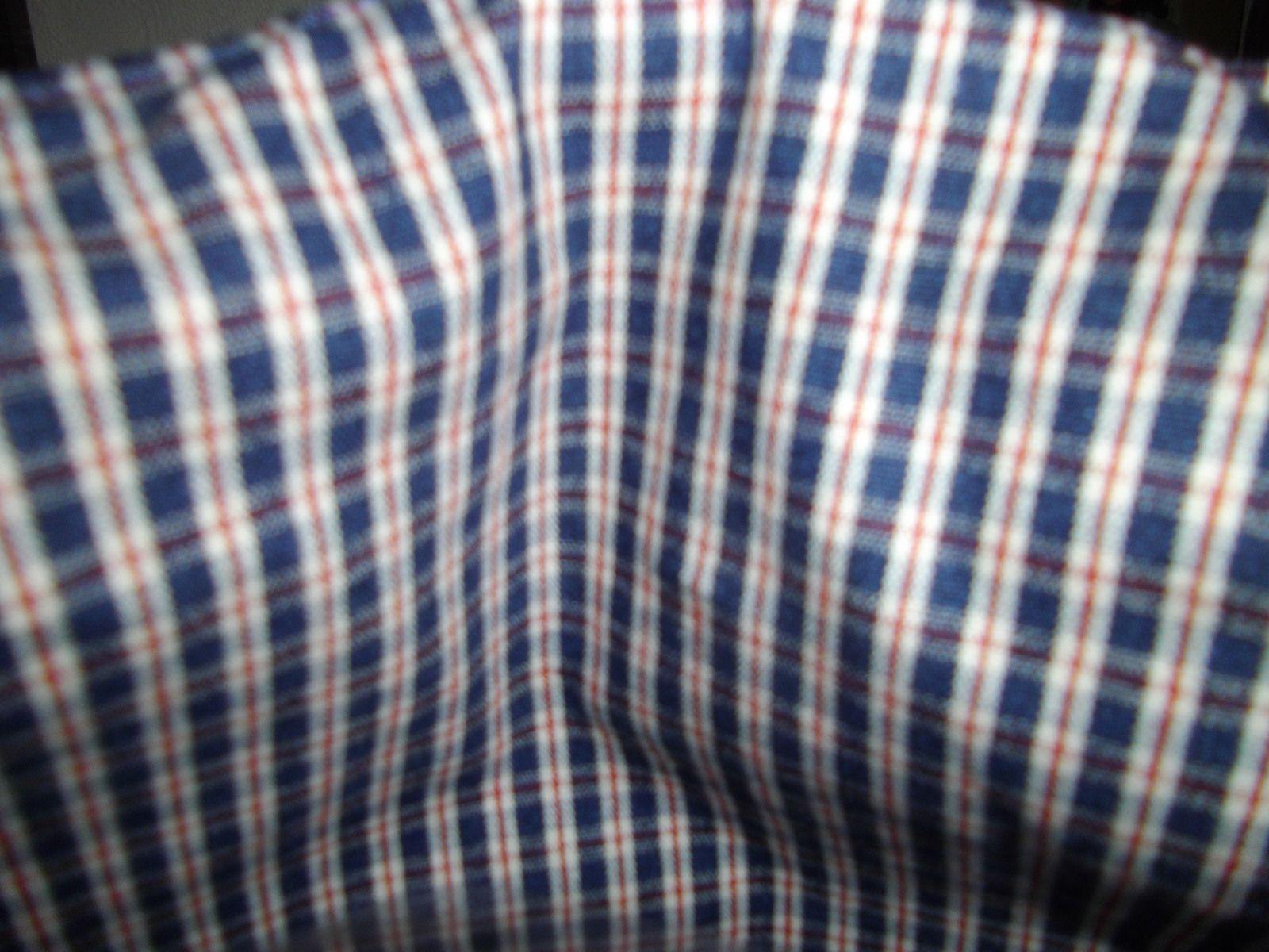 le royal canin 40 sur 40 simili cuir bleu empiècement tissu sur simili cuir bleu entièrement doublé avec poche fermeture magnétique masque coordonné offert