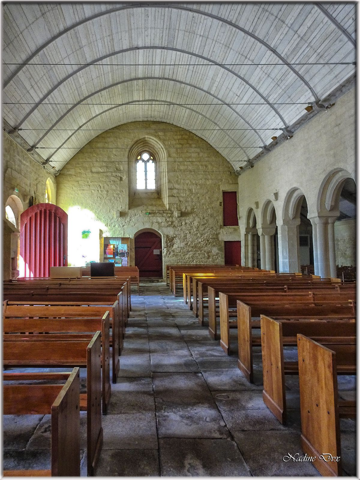 L'église Saint-Démet (XIII-XIVe siècle) - Plafond voûté en bois sous une charpente de 1750 - 29 - Plozévet