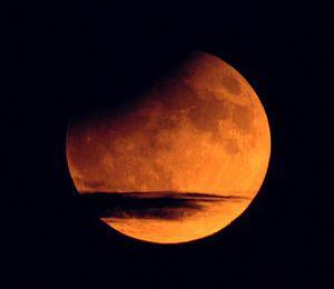 La planète qui voulait se faire aussi grosse que la Lune