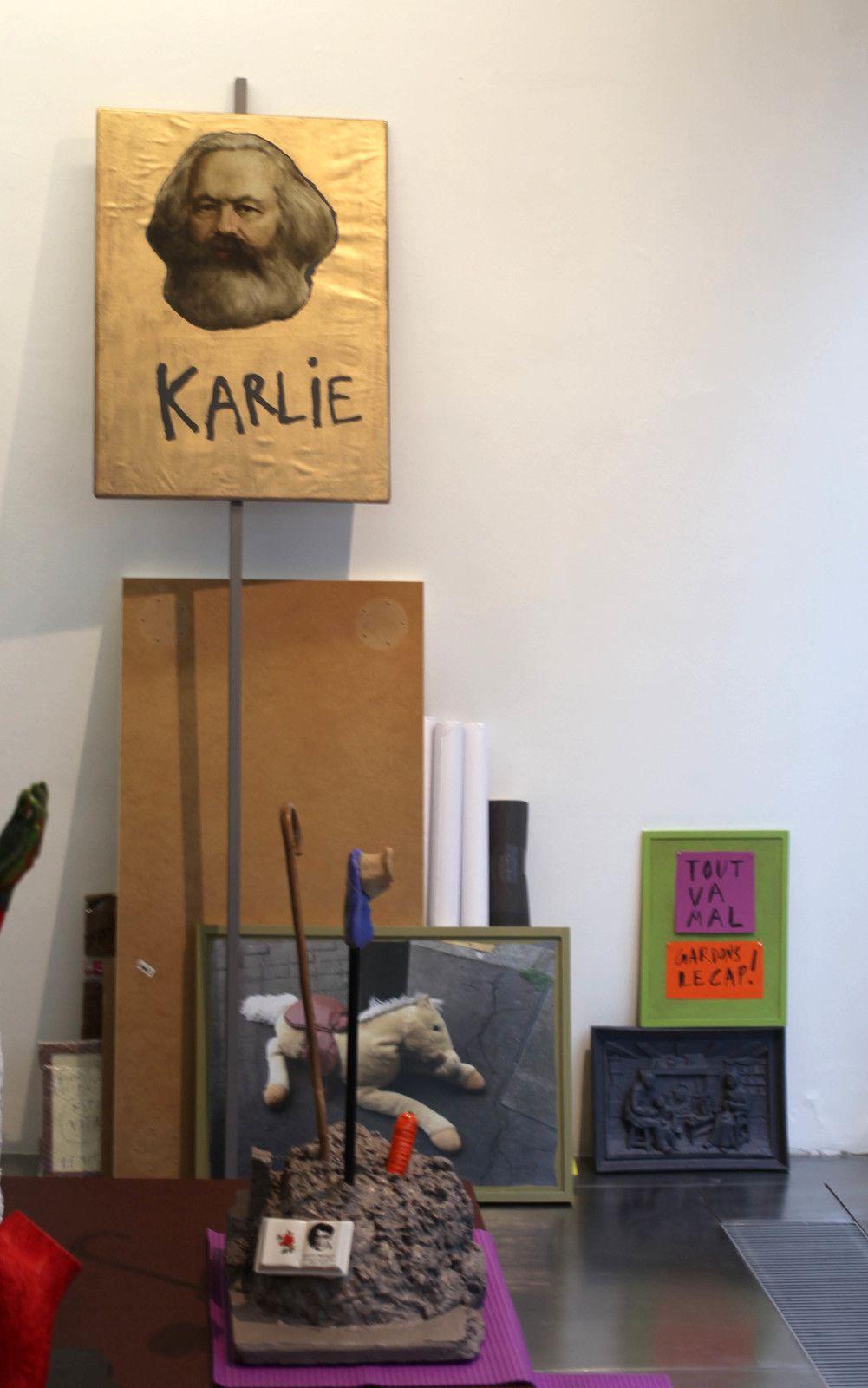 """""""Je suis Karlie"""", 2020 de Arnaud LABELLE-ROJOUX - Courtesy de l'artiste et de la Galerie Loevenbruck © Photo Éric Simon"""