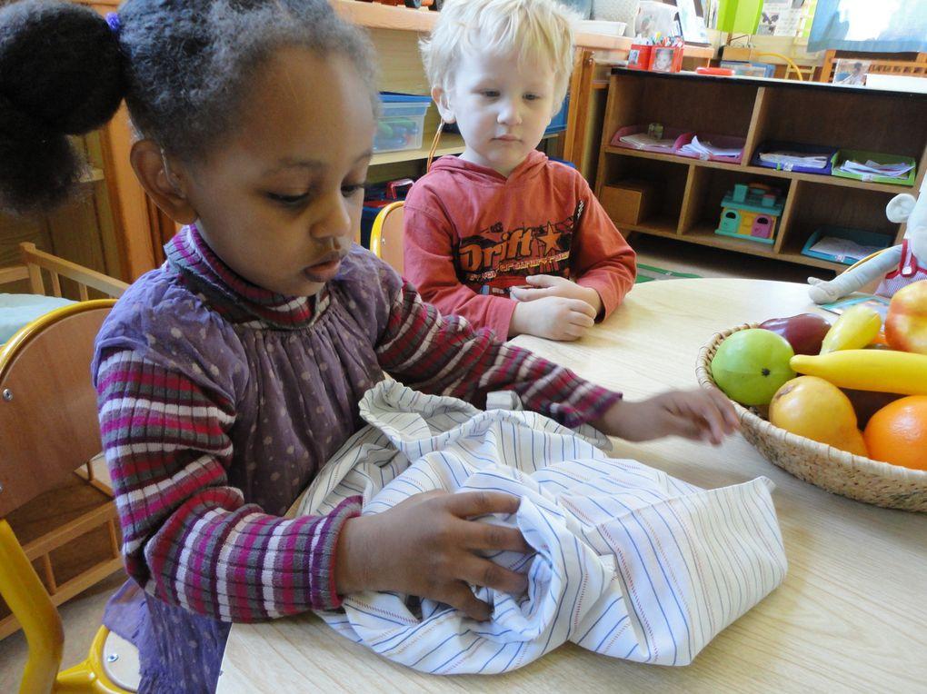 Comment éveiller les 5 sens en éducation précoce avec des enfants de 22-3 ans.