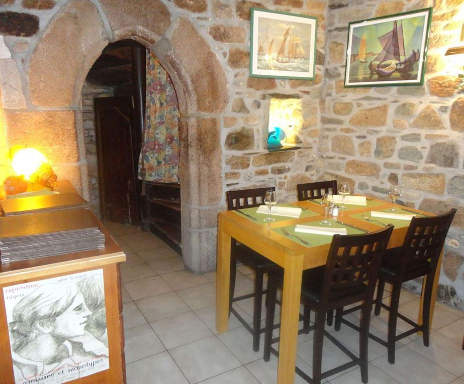 Bretagne : Les amoureux de la cuisine de terroir Rue Saint Yves à TREGUIER