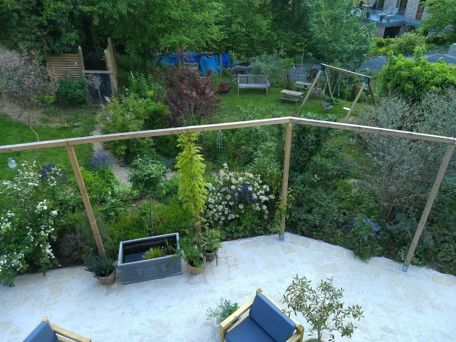 La terrasse retrouve son éclat